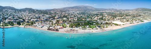 Panorama des Strandes von Varkiza, Vorort von Athen, Attika, Griechenland - 161993617