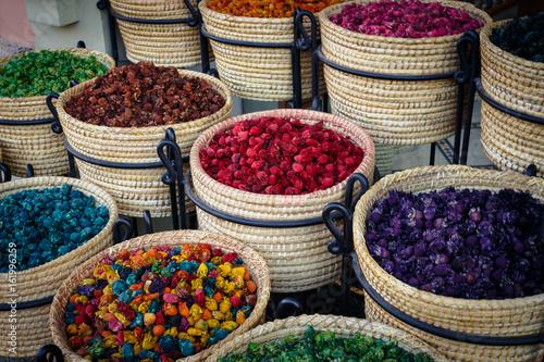 Körbe mit Gewürzen - Spices © joerghoffmann