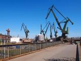 Great, green shipbuilding cranes - 162031004