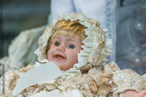 Plakat Porcelain doll with blue eyes