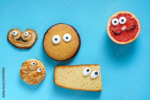 divertidas-galletas-y-pomelo