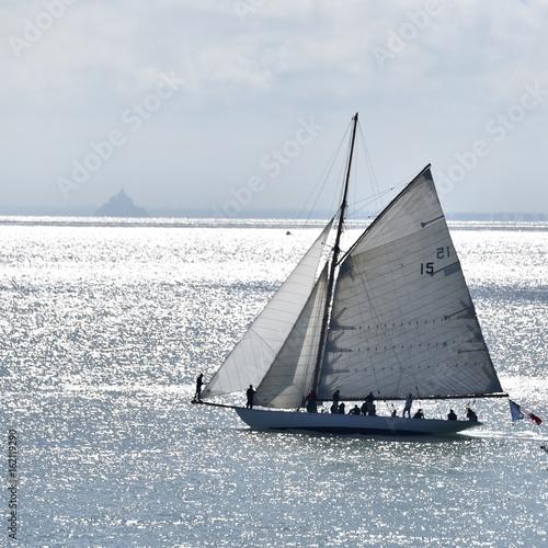 vieux bateaux en navigation