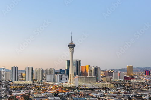 Poster Las Vegas skyline at sunrise.