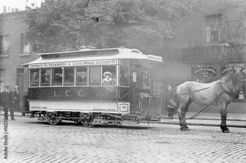 Juliste Horse-Drawn Tram (1913). Date: 1913