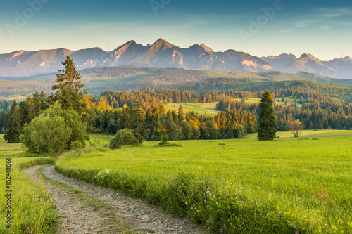 Zdjęcia na płótnie, fototapety na wymiar, obrazy na ścianę : Tatra mountains landscape