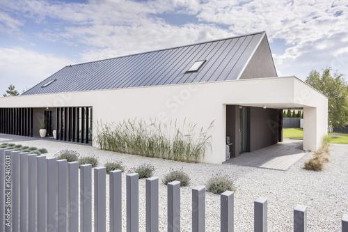 Czysta nowoczesna architektura