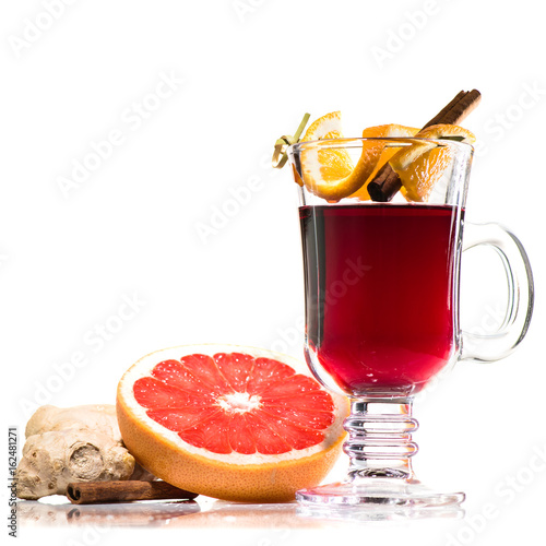 Fotobehang Thee mulled wine in glass isolated on white background