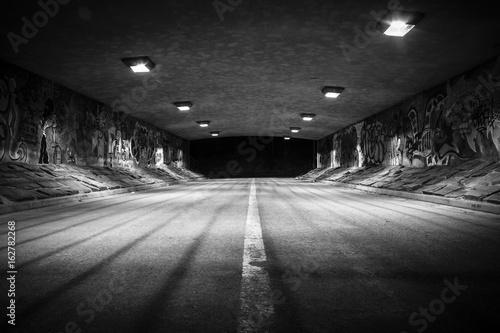In de dag Tunnel Tunnel with attitude