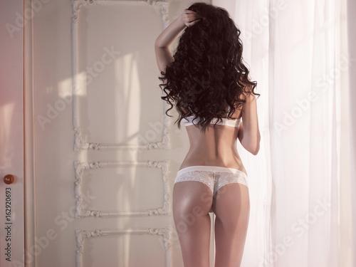 Fotobehang Women Art Nude elegant woman