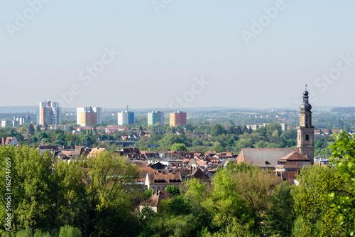 Panorama von Erlangen in Franken bei blauen Himmel wolkenlos
