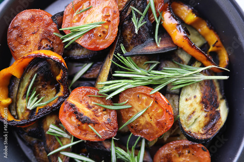 Vegetables grilled pan fried eggplant and tomatoes - 163060603