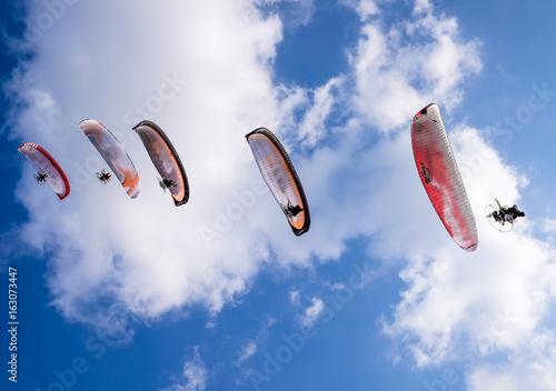 dubai paragliding