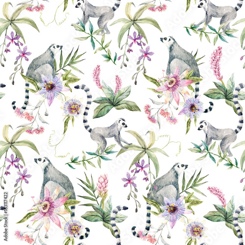 Tropical wildlife pattern - 163117422
