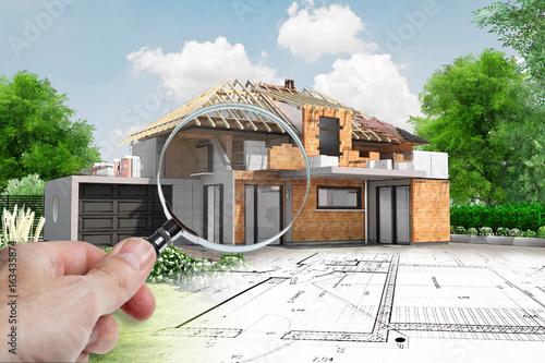 Audit maison en construction avec charpente apparente - 163435874