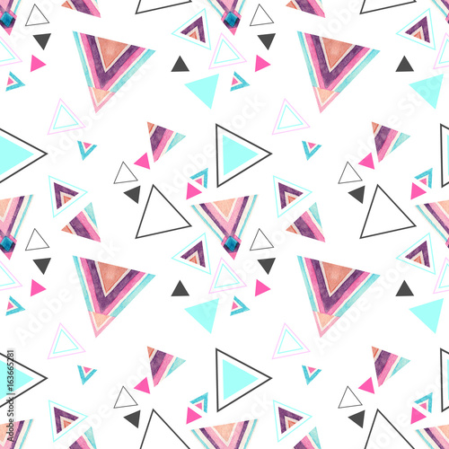 Abstract watercolor triangle seamless pattern. - 163665281