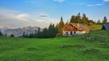 einsame berghütte i I - 163667681