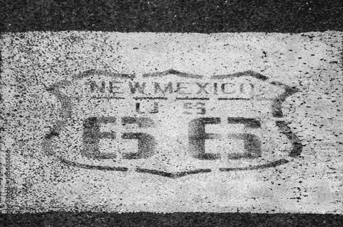 Fotobehang Route 66 Old Route 66 Emblem on Pavement