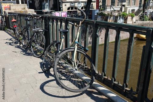 Vélos à Amsterdam