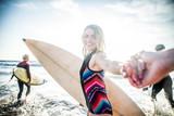 Surfers - 163800045