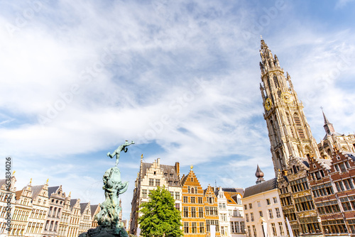 Keuken foto achterwand Antwerpen View on the beautiful buildings with fountain sculpture and church tower in the center of Antwerpen city in Belgium