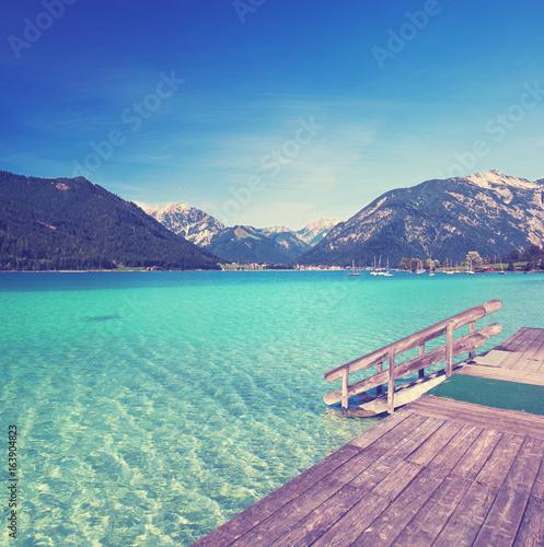 Deurstickers Bergen Tiroler Bergsee im Sommer