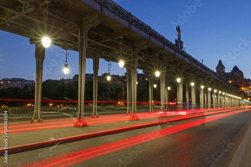 bridge Bir-Hakeim in Paris at night Photo by romantiche