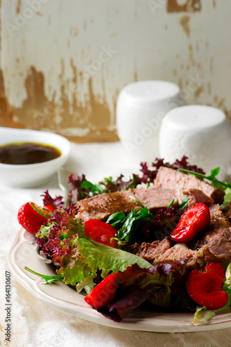 Steak and strawerry salad with Greens