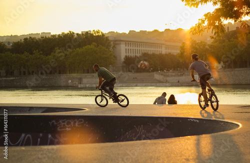 Sport - Bike - Lyon - Zachód słońca BMX