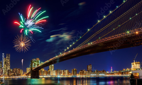 Aluminium Brooklyn Bridge Firework over city at night with reflection in water