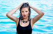 Постер, плакат: Sommer Make up Fashion Styling Wasser Frau Baden W