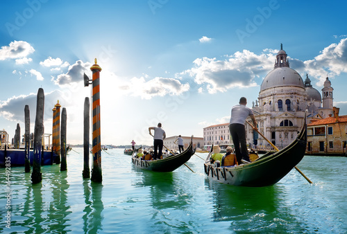 Fototapeta Ride on gondolas