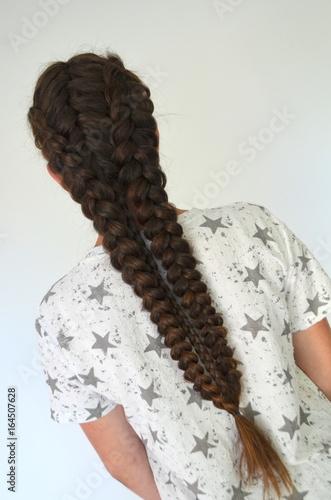 Прическа на длинный волос