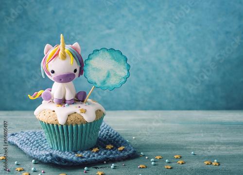 Unicorn cupcake - 164605497