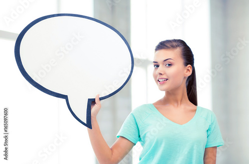 smiling student with blank text bubble - 165097600