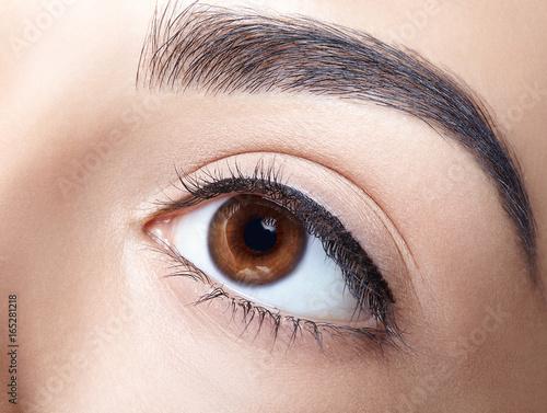 Juliste Woman eye make-up