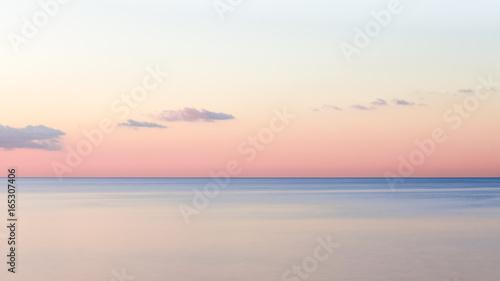 Foto op Aluminium Nice Lever de soleil sur la mer méditerranée