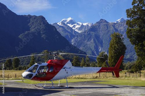 Foto op Plexiglas Bergen NEUSEELAND - Mit dem Helikopter zum MOUNT COOK-AORAKI 3724m