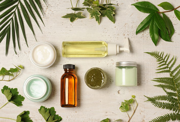 green cosmetic arrangement © Anna Khomulo