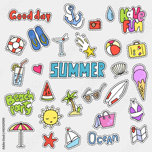 Foto op Aluminium Retro sign Pop art fashion chic patches, pins, badges and stickers with summer theme. Cute hand drawn vector illustration. Doodle style collection. Objects isolated.