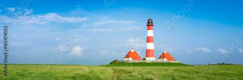Fotobehang Vuurtoren Idyllisches Nordfriesland - Leuchtturm von Westerhever, Banner