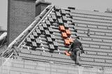 Dachdecker, neues Dach - 165561404