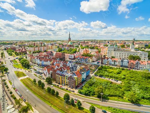 Zdjęcia na płótnie, fototapety na wymiar, obrazy na ścianę : Szczecin - nabrzeże Wielickie i stare miasto z zamkiem królewskim widziane z powietrza.