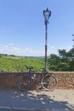 Toskana-Impressionen, Strassenansicht mit Fahrrad