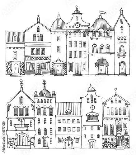 Cute hand drawn houses with windows - 165771010