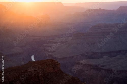 Sonnenuntergang über dem Grand Canyon, Utah