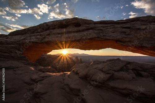 Foto op Plexiglas Bruin Mesa Arch sunrise