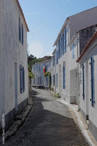 NOIRMOUTIER : maisons traditionnelles