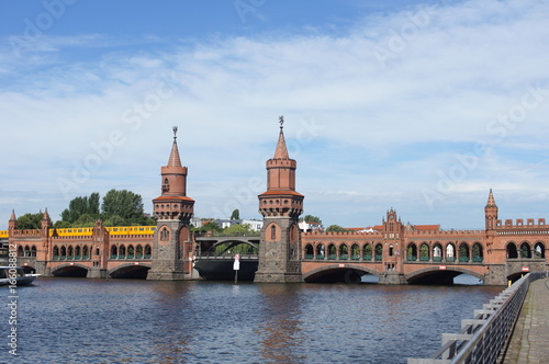 Europe, Germany, Berlin, Oberbaum Bridge in Berlin, Germany