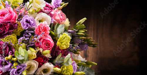 Composition with bouquet of flowers - 166178853