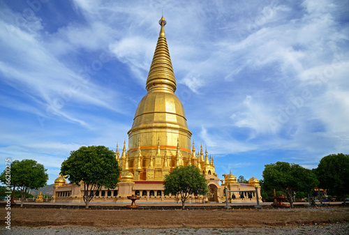 Phra Mahathat Chedi Sri Wiang Chai